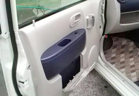 軽モット車内清掃